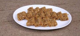 Coconut Ginger Jaggery Wadi / Barfi